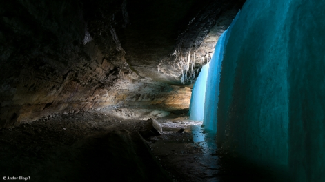 Behind Minnehaha Falls © Andor (5)