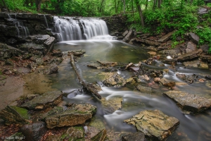Chasing Waterfalls in the Rain © Andor (4)