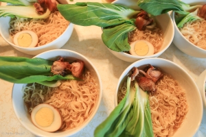 Making Ramen with Friends © Andor(2)